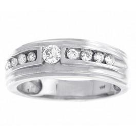 Round Brilliant Cut Diamond Beveled Wedding Band in 14K White Gold